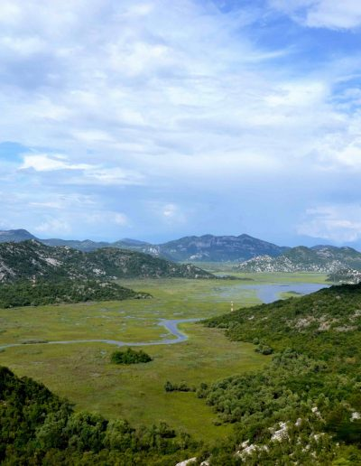 Skadar lake, the border to Albania
