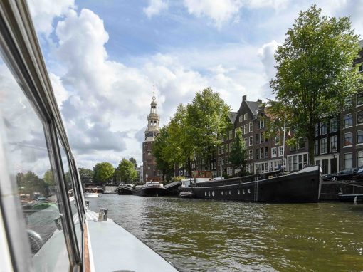 Amsterdam – cruise boat through the canals