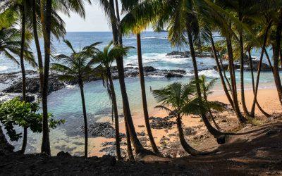 São Tomé – o caminho para a Praia-Piscina